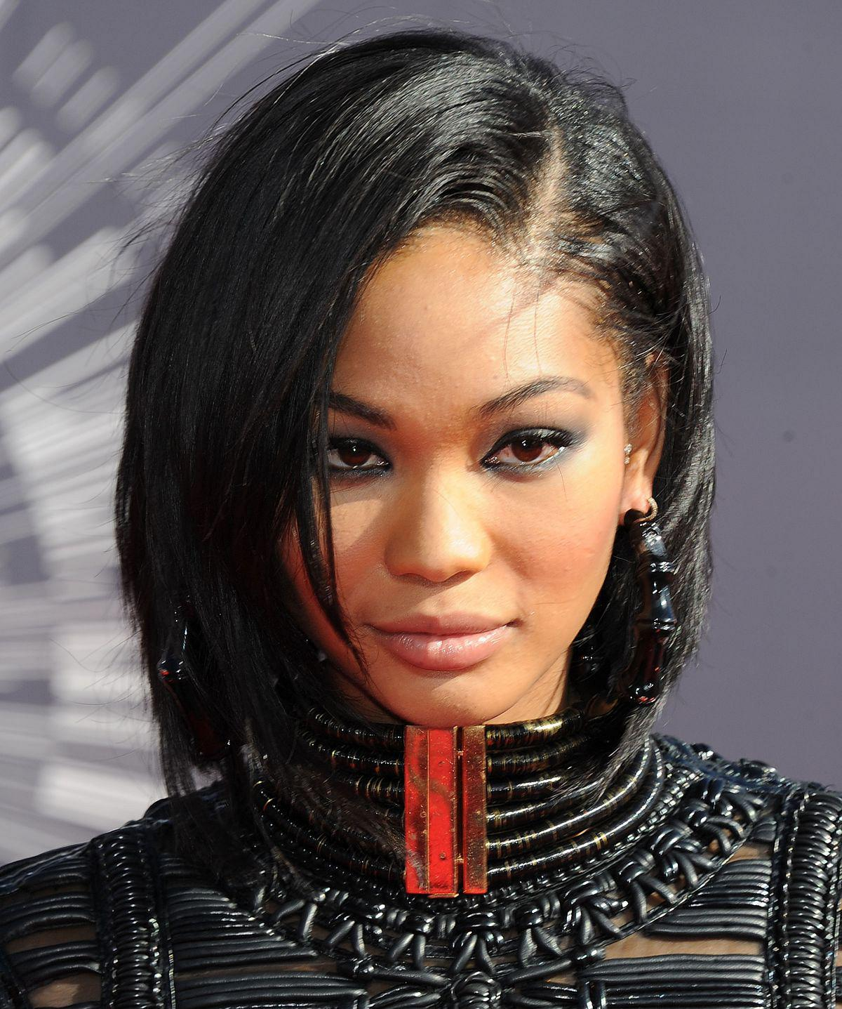 chanel-iman-at-2014-mtv-video-music-awards_7