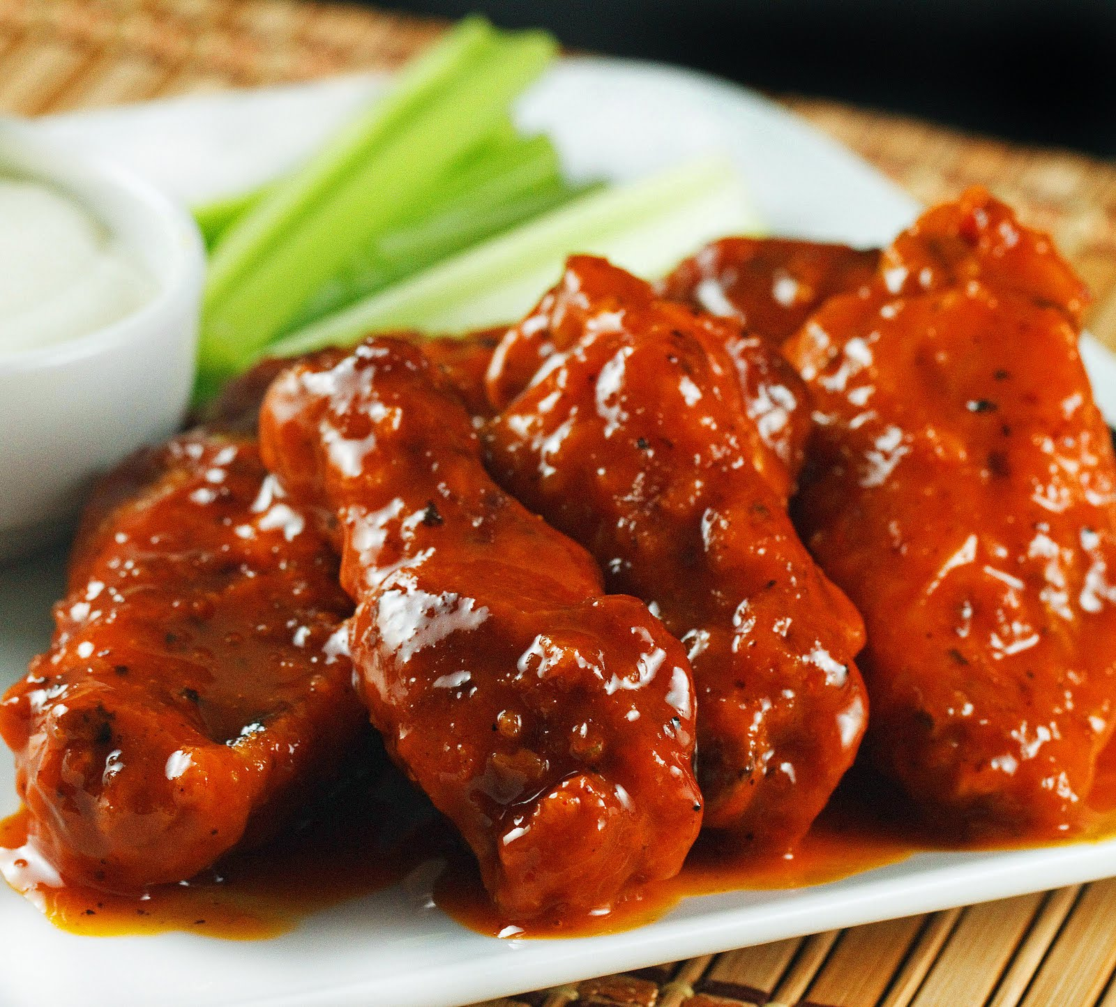 PALEO-COCONUT-CREAMED-BUFFALO-WINGS-RECIPE
